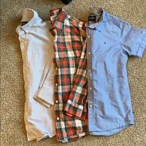 💥3 button down shirts for $6💥